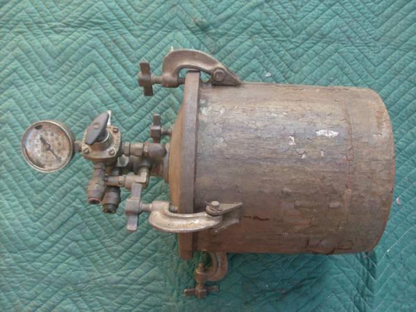 paint pot and hvlp-01212_8sohrbj0qeg_600x450.jpg