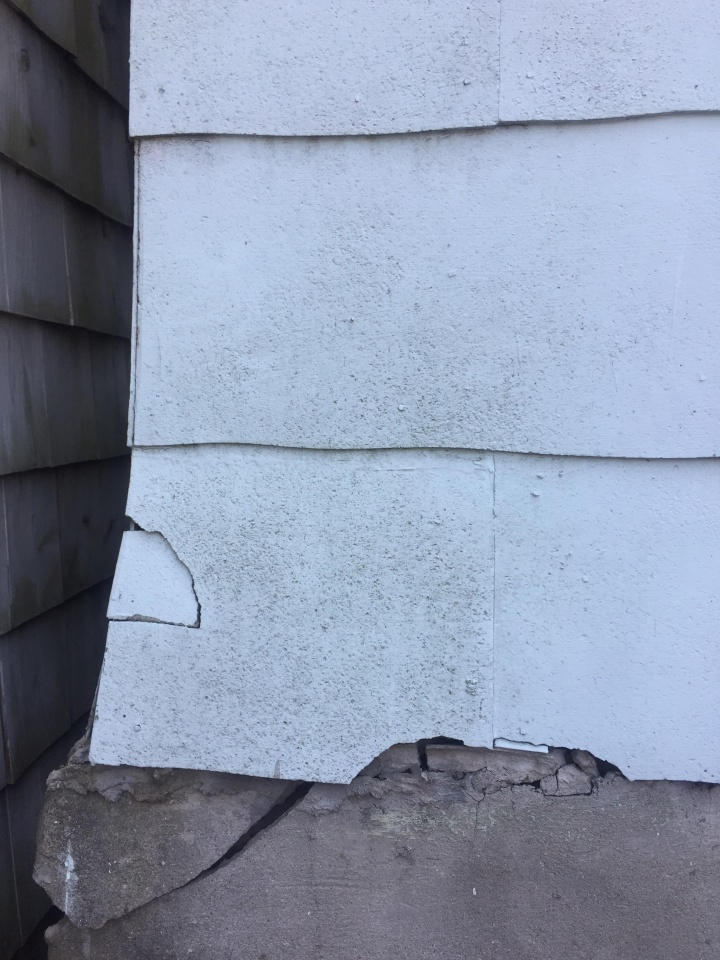 Looking for Advice re: Asbestos Tiled Home - Needs Paint!-1.jpg
