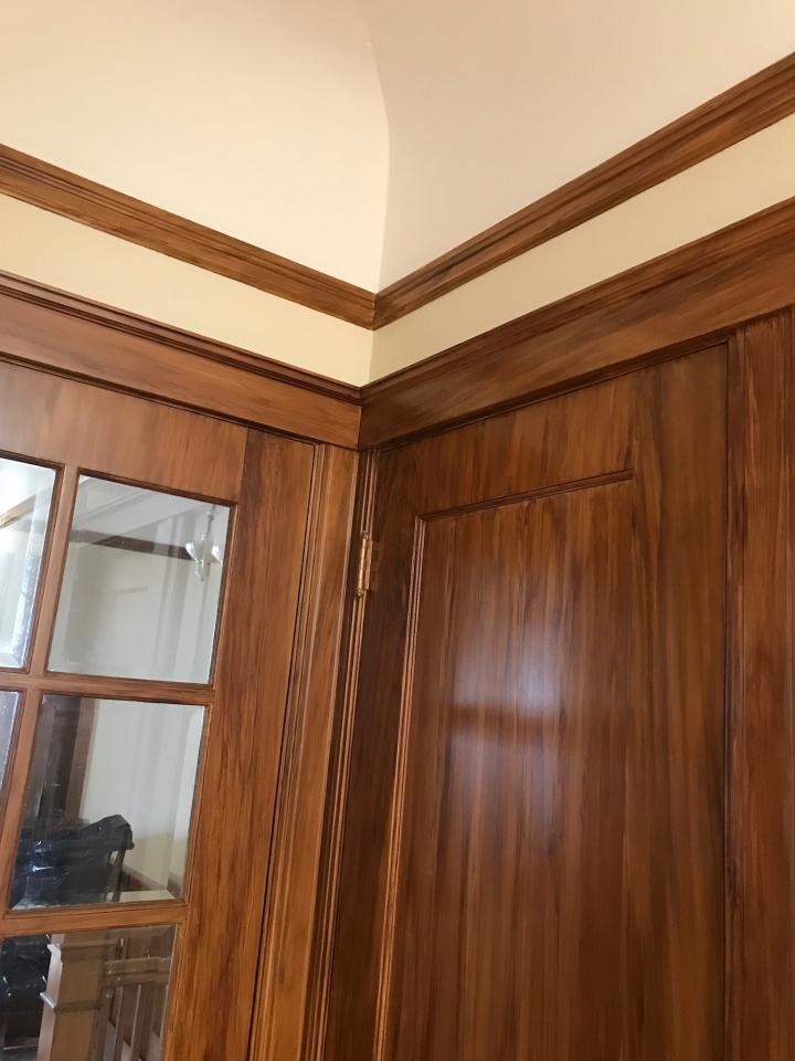 Hallway Grained-1634410f-b280-4f3d-ac8f-3862ca8a437a.jpg