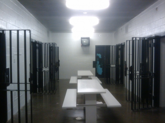 jailhouse pics artwork poll-2010-04-26-09.12.20.jpg
