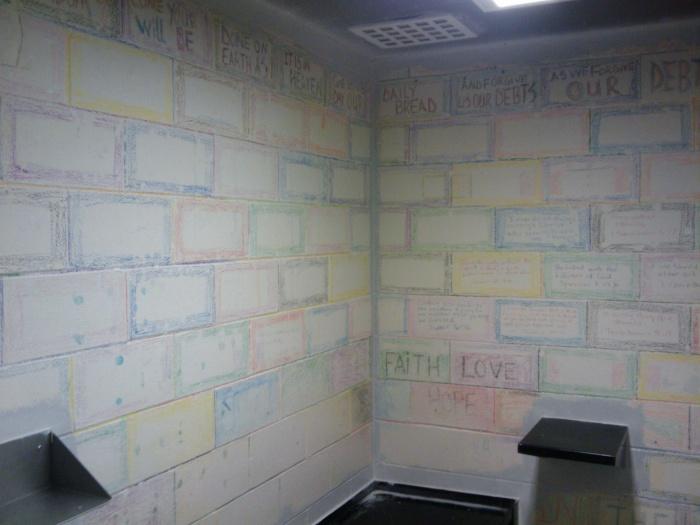 jailhouse pics artwork poll-2010-05-07-10.45.15.jpg