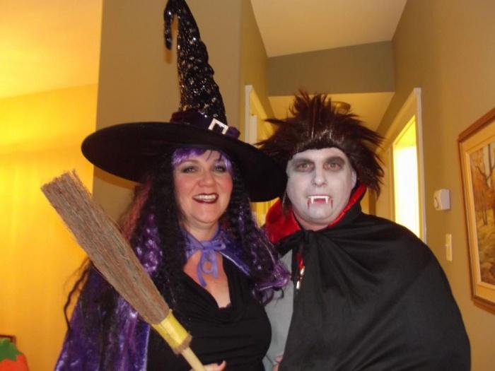 Happy Halloween - Post yours!-407585_4749118447440_1731594472_n.jpg