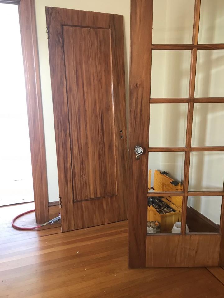 Hallway Grained-6e61caca-2877-4495-a9b1-b088e91e24ba.jpg