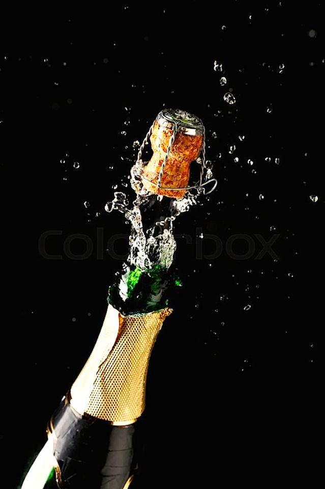 -bottle-champagne-exploding.jpg