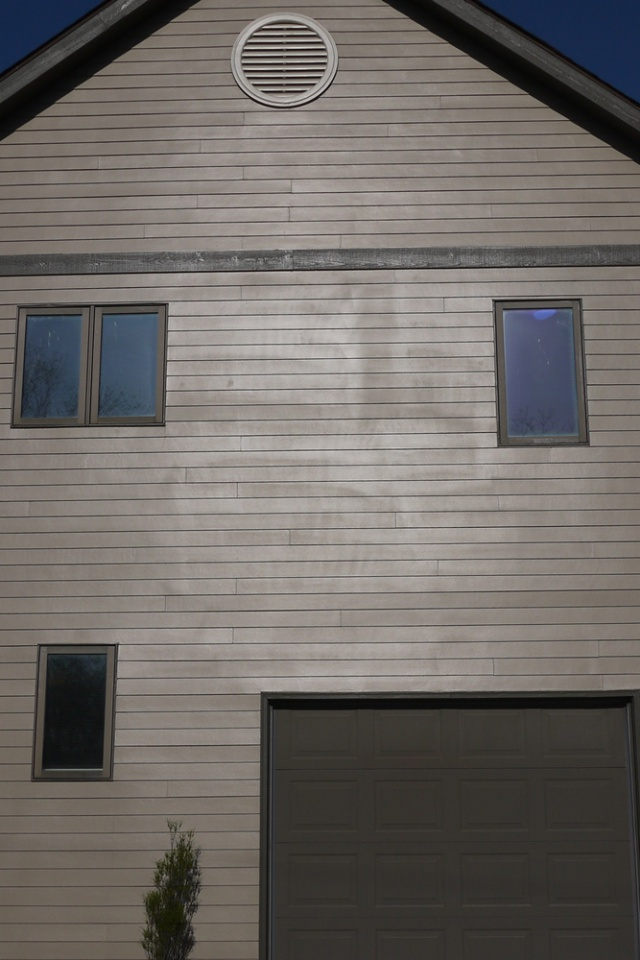 Discoloration on Exterior Spray Job-house-east-3-email-5-5.jpg