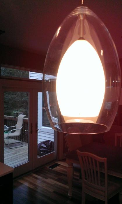 HO says I broke a light fixture-imag0278.jpg