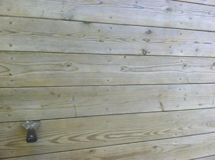Decking board spacing-image-3109319600.jpg