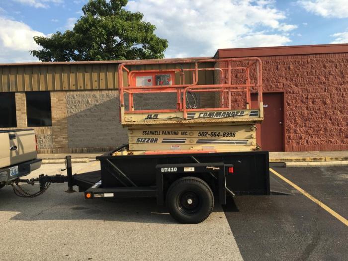 95 JLG scissor lift with hydraulic trailer-image_1466638445393.jpg