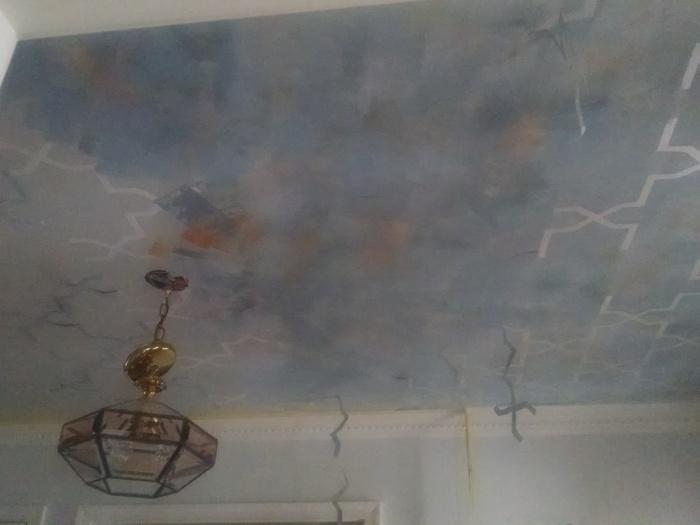 Reverse/Negative space Stenciled Ceiling-img_20161001_121856971.jpg