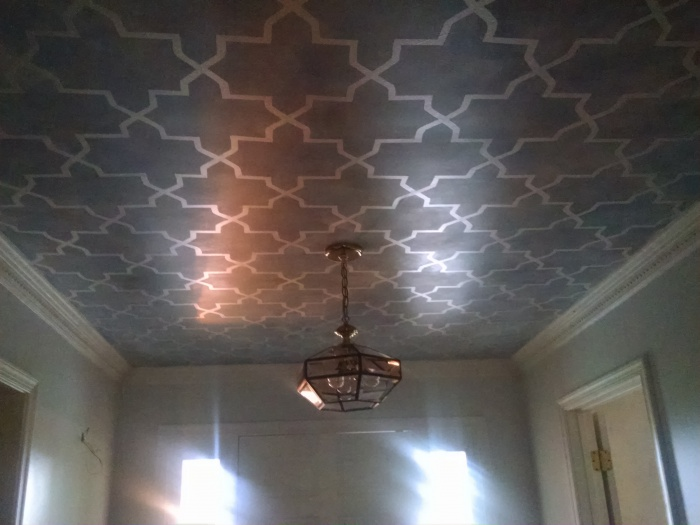 Reverse/Negative space Stenciled Ceiling-img_20161001_162932090.jpg
