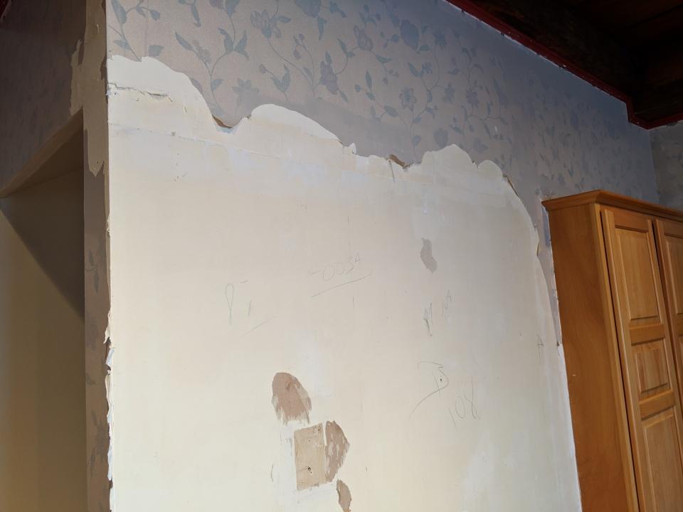 Wallpaper Layering Question-img_20190219_160127.jpg