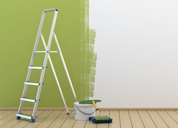 Top Features of Ideal Painter's Ladders