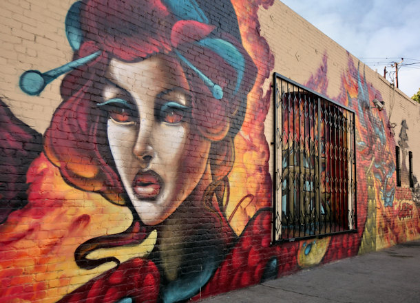 4 Top Tools for Mural Painters