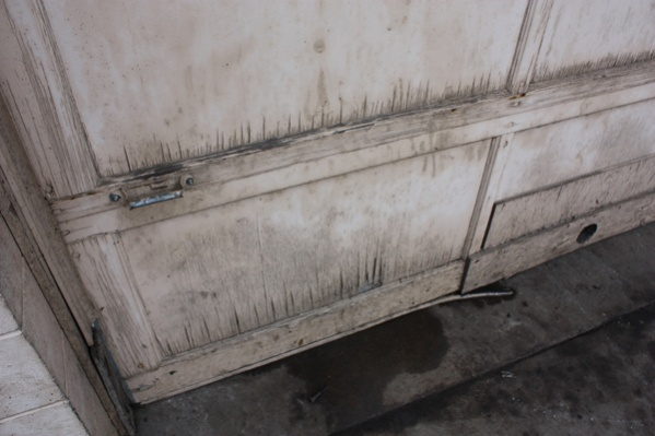 What would you do with this?-overhead-doors-damage.jpg