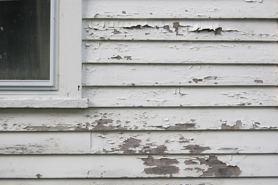 paint removal tools-peeling-paint.jpg