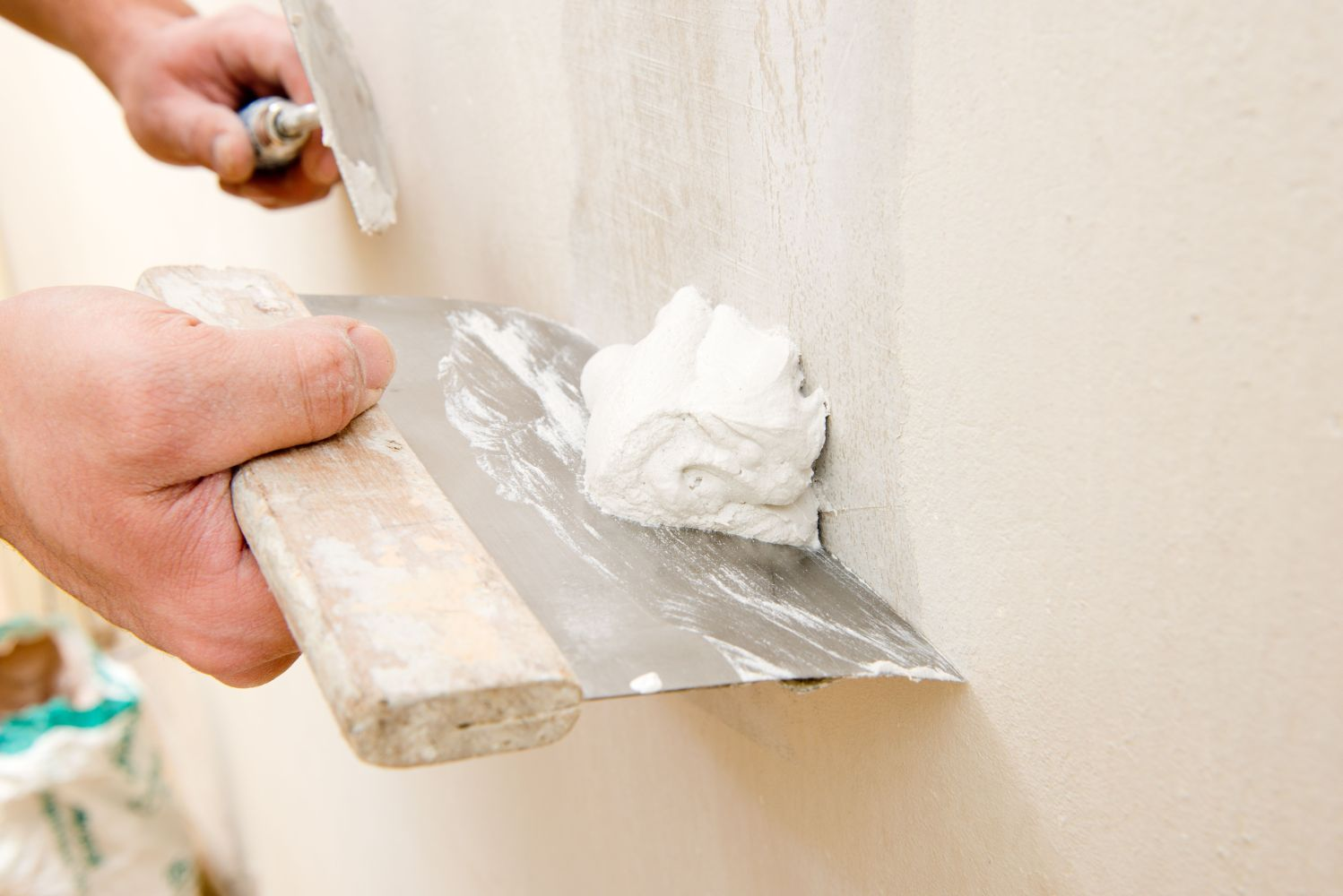 How To Fix Uneven Or Damaged Drywall With A Skim Coat